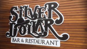 silver_dollar_bar_05
